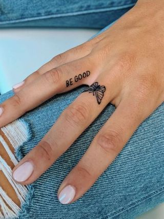Tatuajes pequeños de mariposas