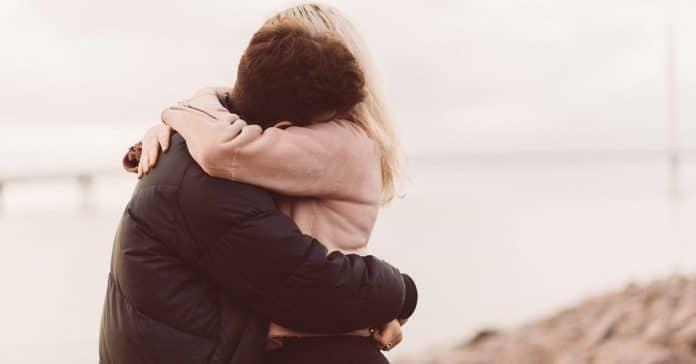 ¿Tu pareja está perdiendo el interés en ti?